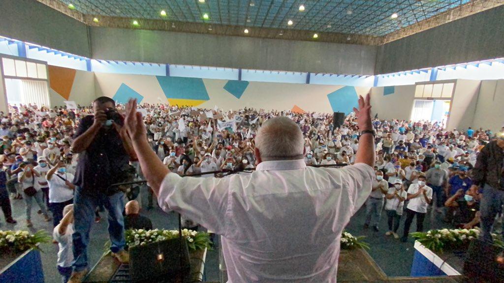 """Bernabé Gutiérrez: """"si votamos todos le quitamos todo al gobierno"""""""